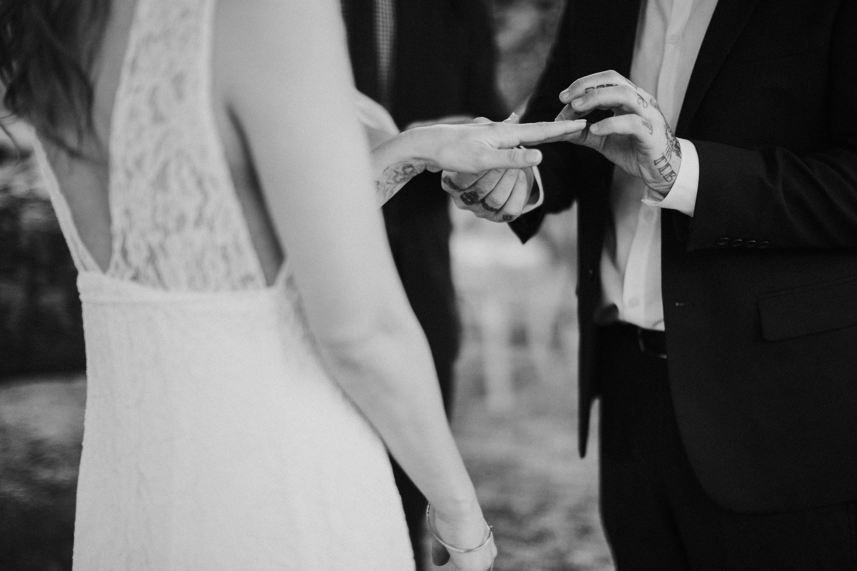 ORANGE COUNTY CALIFORNIA INTIMATE BACKYARD WEDDING